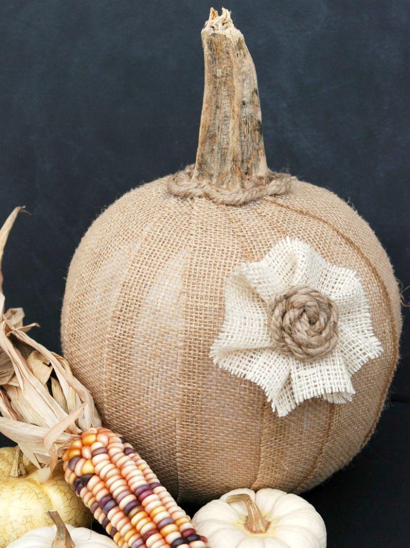 DIY burlap pumpkin from a dollar store plastic bucket