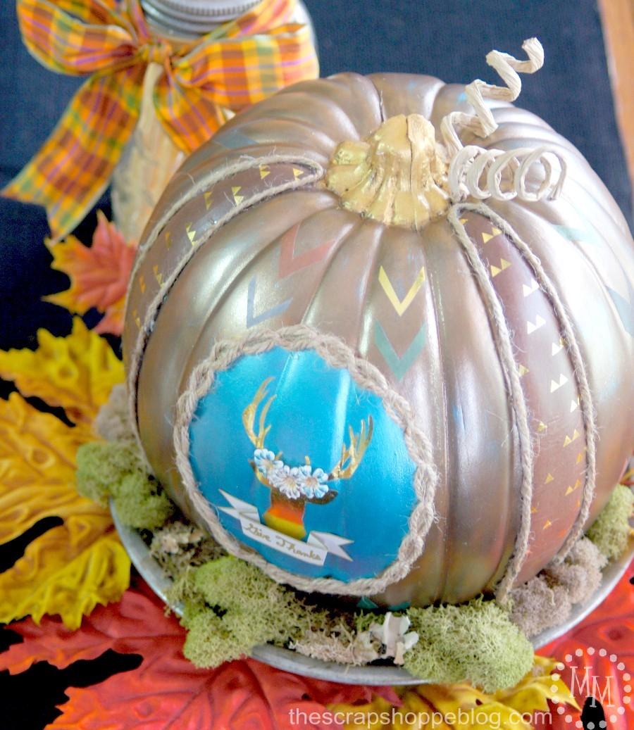 DIY Thanksgiving pumpkin with a deer silhouette