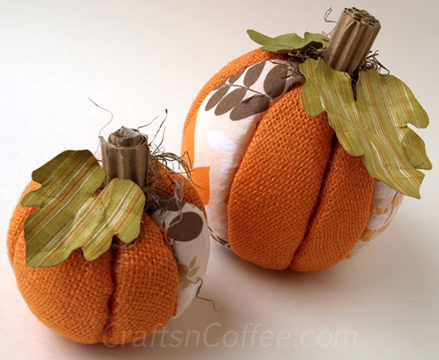 DIY no sew burlap and fabric pumpkins (via https:)