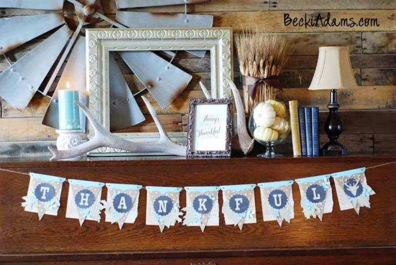 DIY Thanksgiving burlap banner (via beckiadams.blogspot.ru)