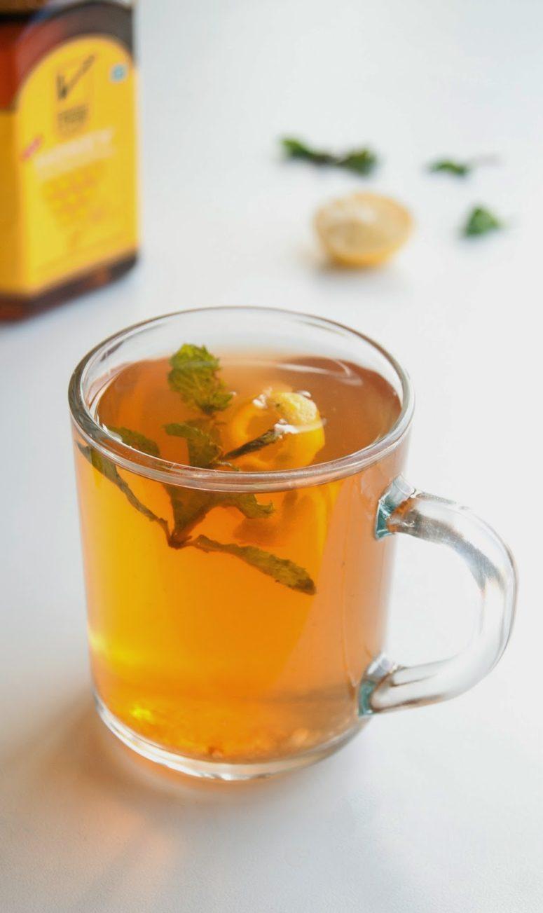 DIY lemon honey ginger tea (via salmascookingdiary.blogspot.ru)