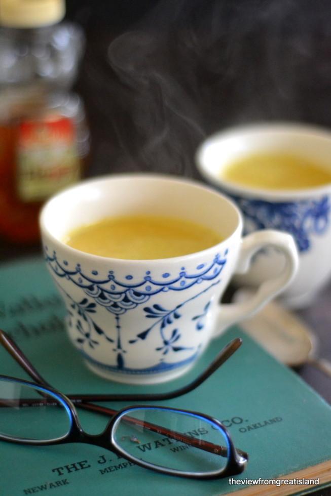 DIY turmeric tea with coconut milk (via theviewfromgreatisland.com)