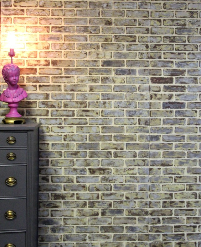 10 diy faux and real exposed brick walls shelterness for White exposed brick wall