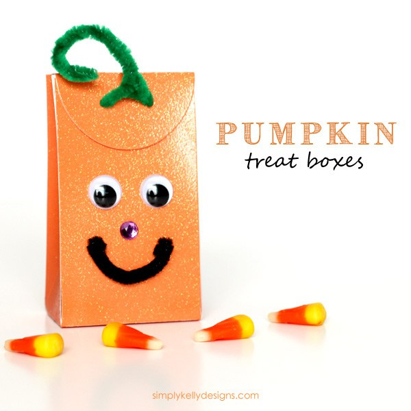 DIY pumpkin treat boxes inspired by pumpkins (via simplykellydesigns.com)