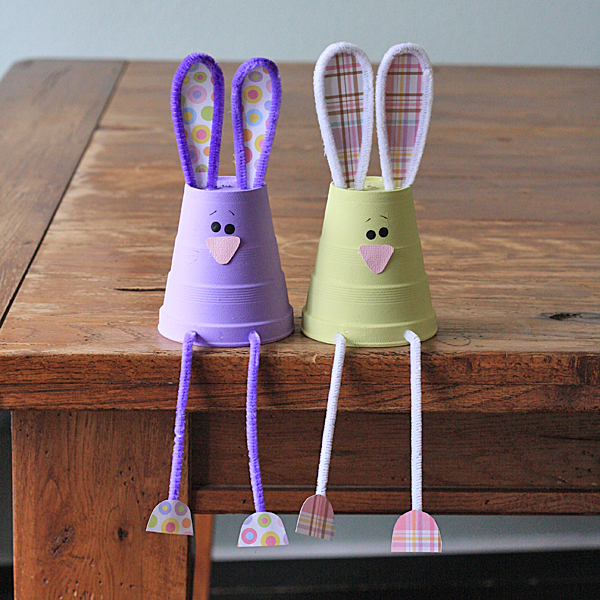 DIY foam cup and pipe cleaner bunnies