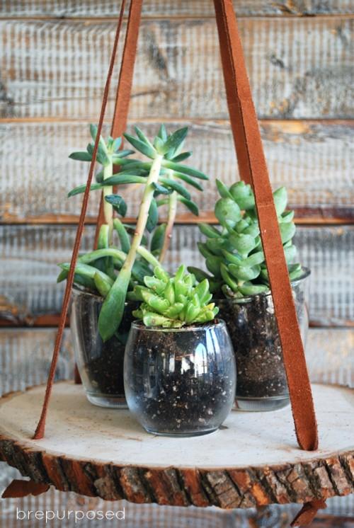 DIY hanging wood slice plant holder or nightstand (via www.shelterness.com)