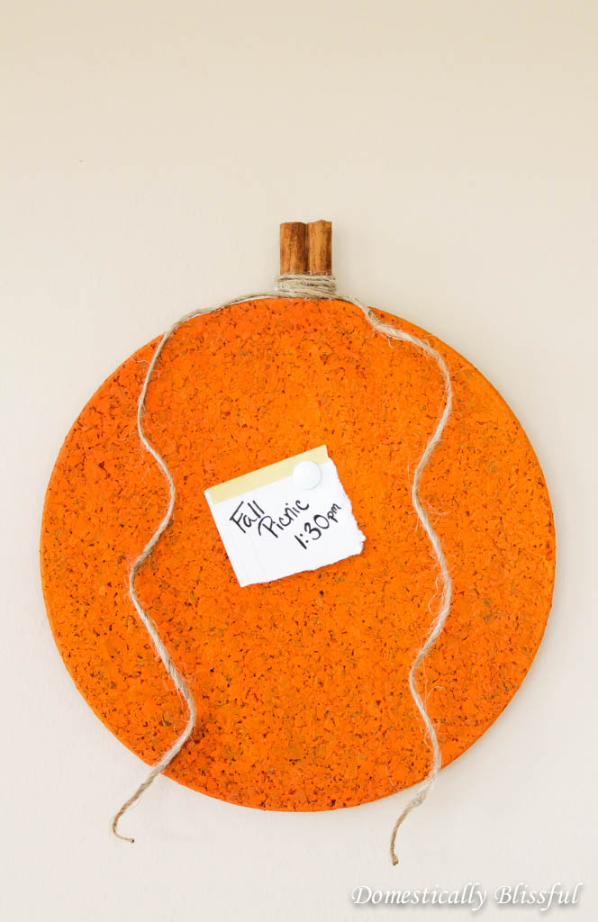 DIY pumpkin cork board (via domesticallyblissful.com)