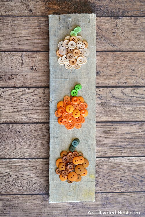 DIY ombre button pumpkin decoration