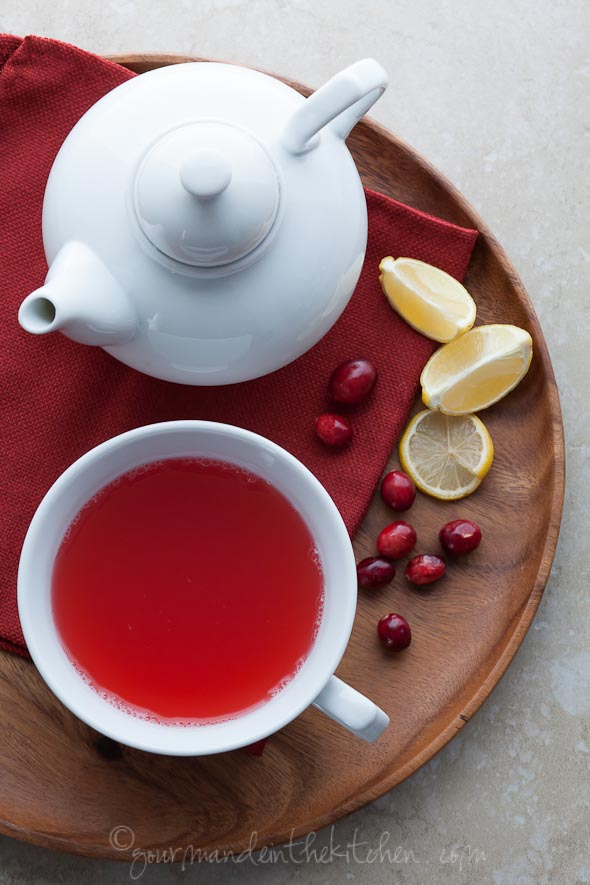 DIY cranberry spice tea (via gourmandeinthekitchen.com)