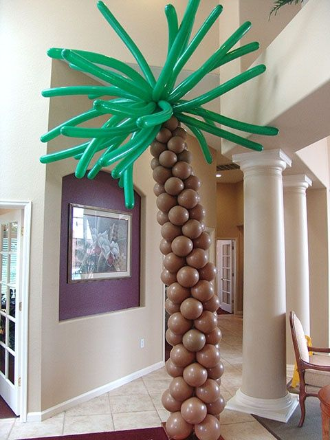 balloon palm tree for luau party decor & 31 Colorful Luau Party Decor And Serving Ideas - Shelterness