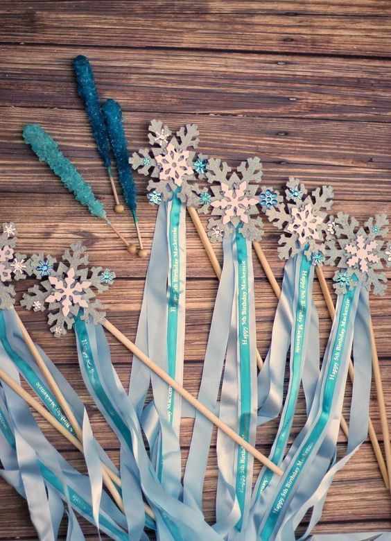 Elsa's magic wands as party favors or for playing