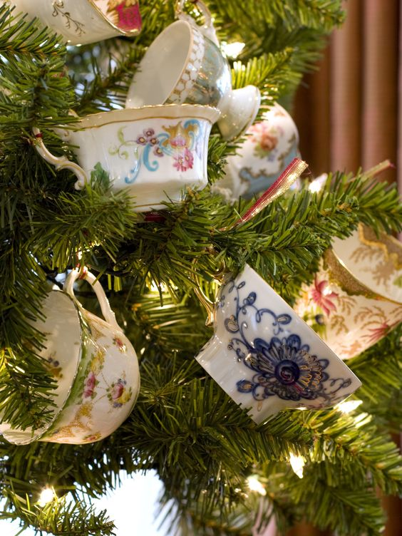 24 Lovely Christmas Tea Party Ideas