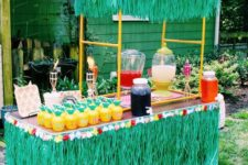 11 luau drink bar with colorful punch