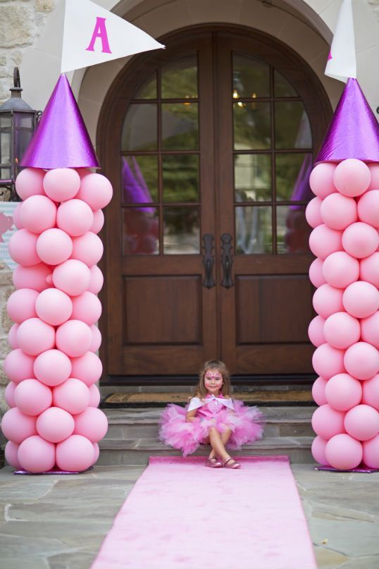 pink balloons for a princess party entry
