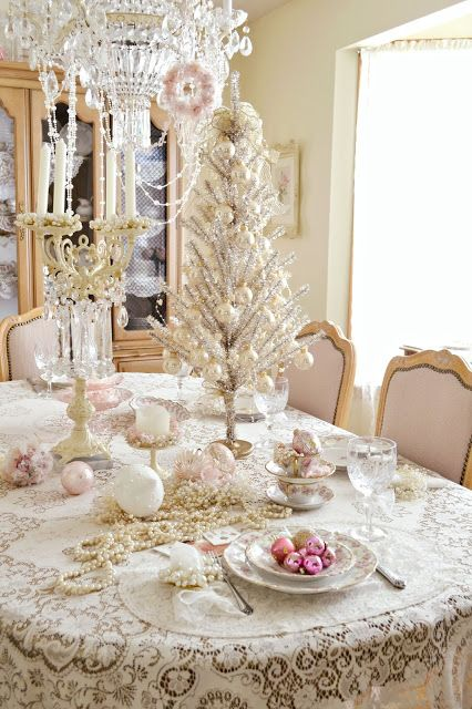 vintage silver Christmas table decor looks very refined