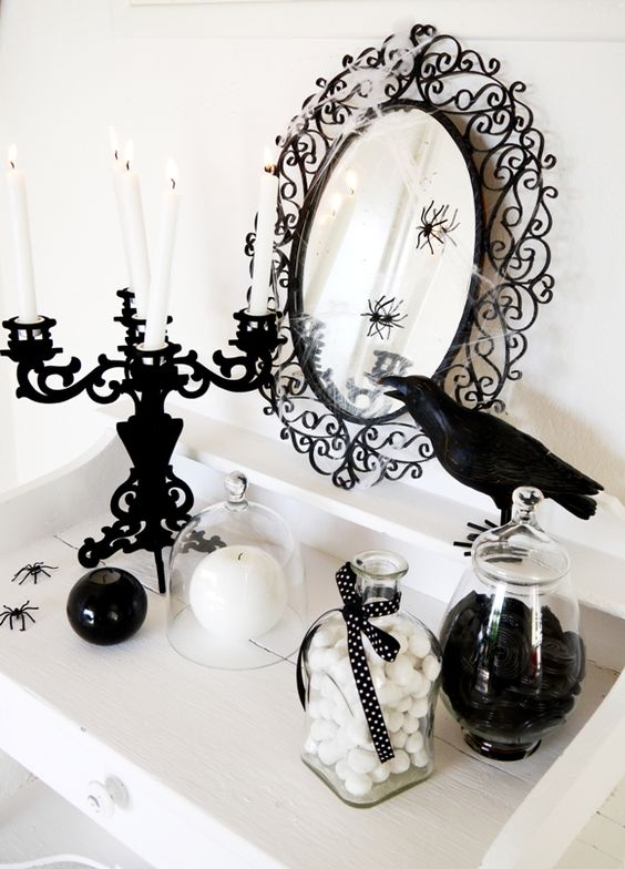 monochrome Halloween decor for stylish and elegant parties