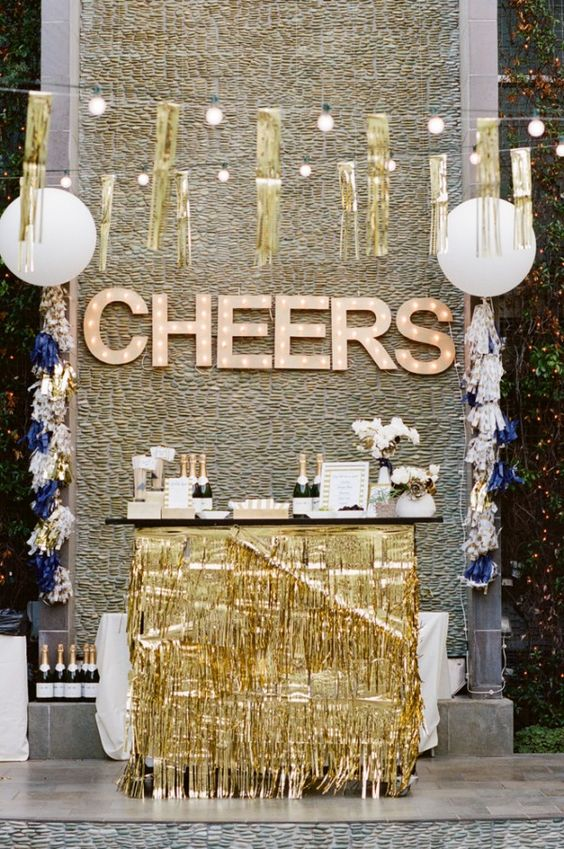 gold glitter party decor