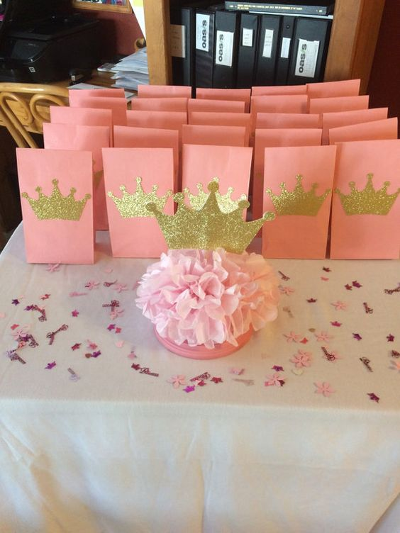 princess crown centerpiece and crown favor bags