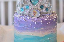 17 Disney Frozen birthday cake with a tiara