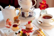 19 modern tea plate with bite-size desserts