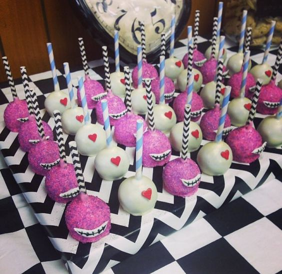THEME - Alice in Wonderland Cakepops - Pinterest