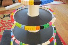 20 Lego cupcake stand