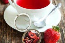 21 strawberry balsamico herbal tea
