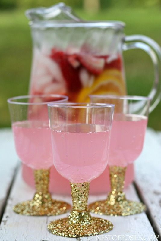 glitter cups with pink punch
