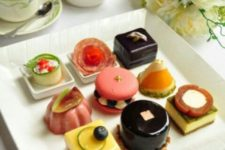 24 tea time plate with bite-size desserts
