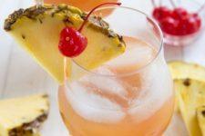 25 Maui island breeze cocktail