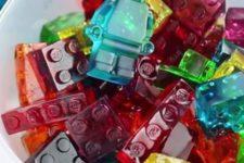 25 bright DIY Lego gummies