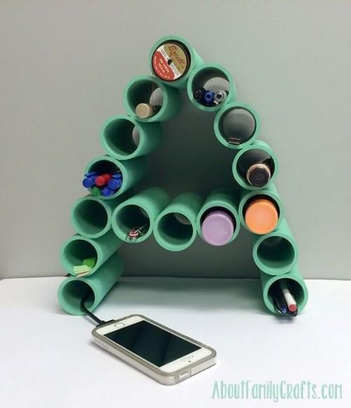 DIY monogram desk organizer of PVC pipes (via www.shelterness.com)