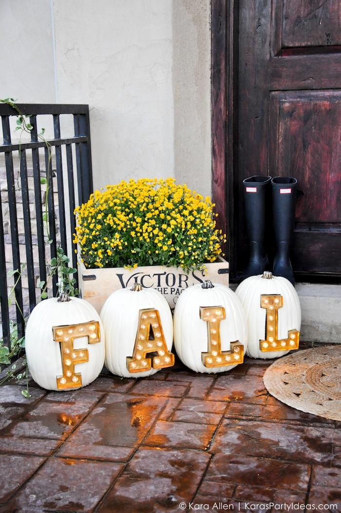 7 diy marquee letters and signs for fall and holidays Fall outdoor decorating with pumpkins