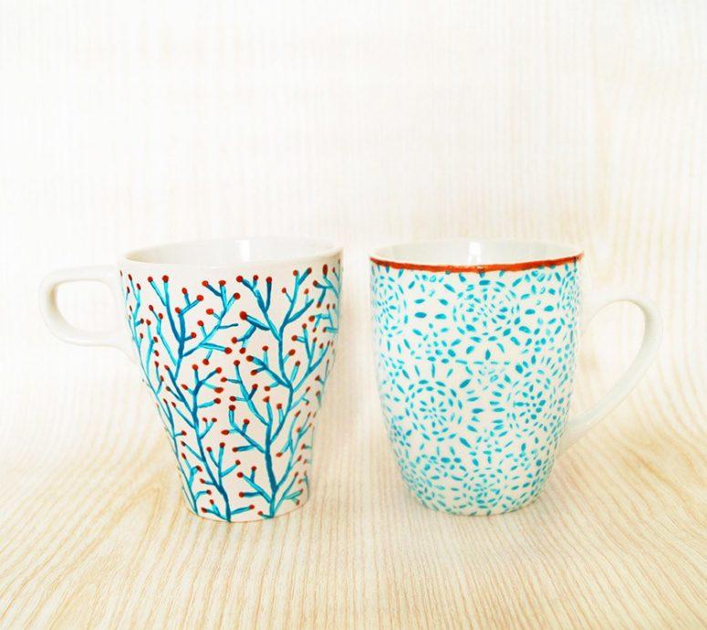 DIY subtle blue mugs (via nur-noch.com)