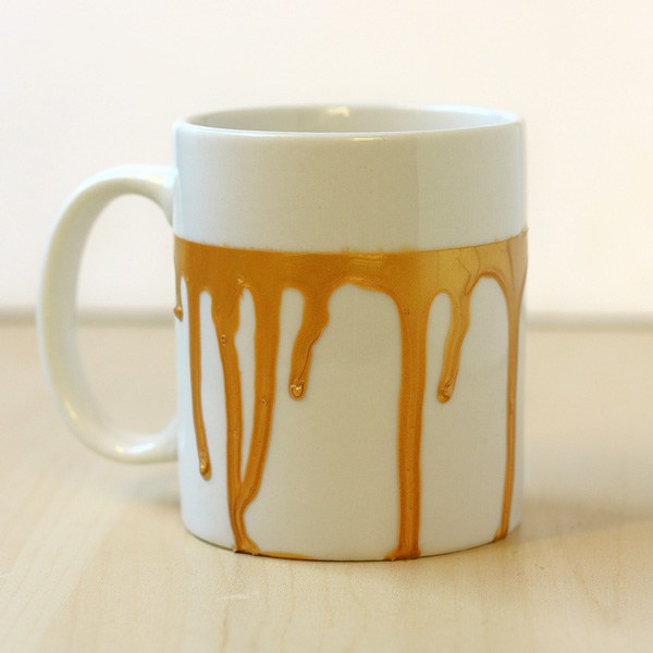 DIY paint drip mug (via makeandfable.com)