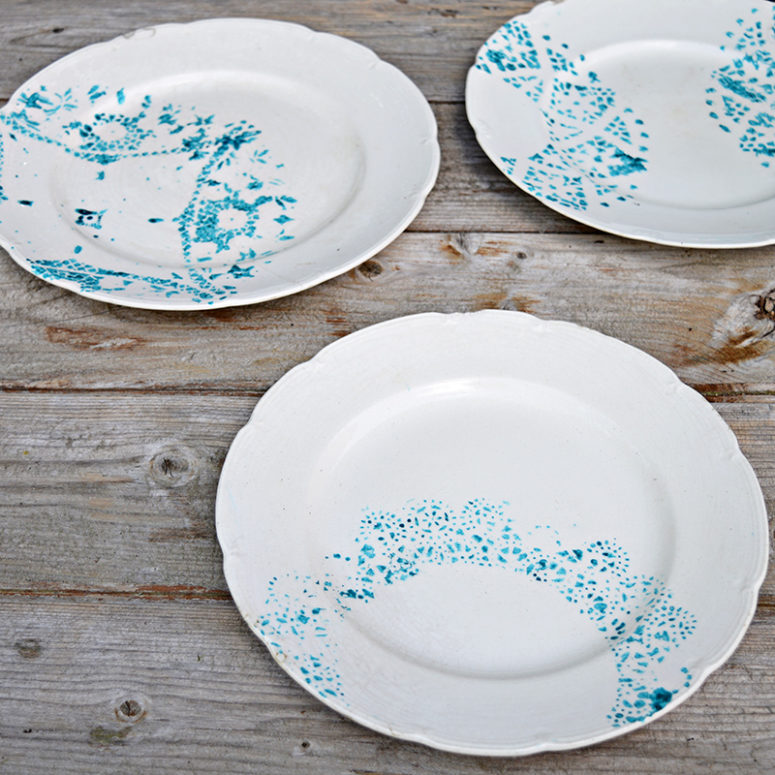 DIY subtle blue doily plates (via www.pillarboxblue.com)