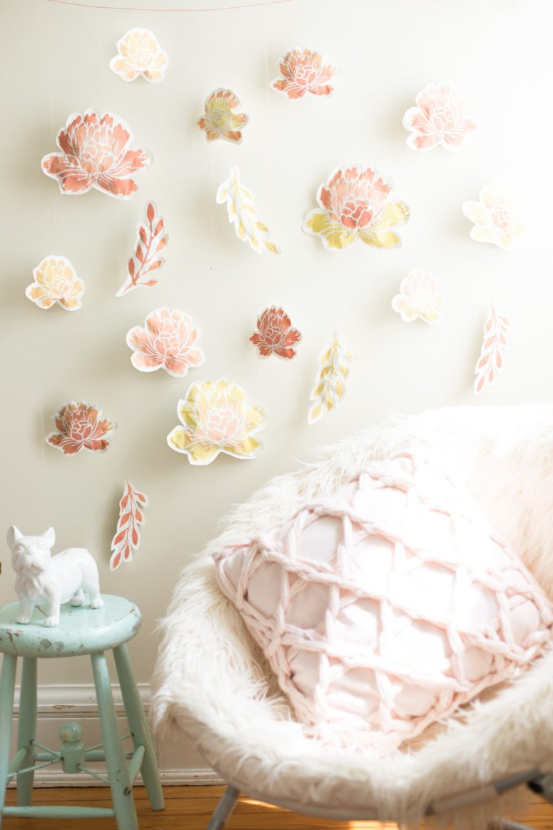 DIY paper flower wall (via www.flaxandtwine.com)