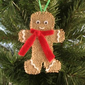 DIY gingerbread man ornament (via craftpenguin.com)