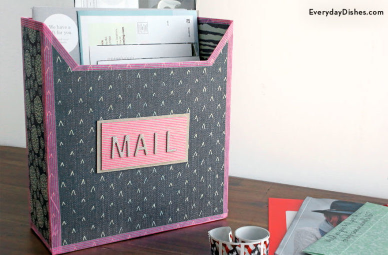 DIY cereal box mailbox (via everydaydishes.com)