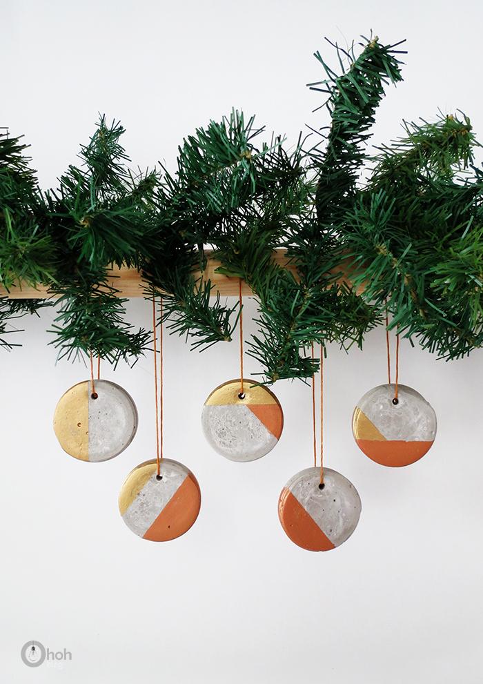 DIY concrete Christmas ornaments (via www.ohohblog.com)