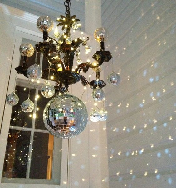 40 Sparkling Disco Ball Décor Ideas For Winter Parties Shelterness Custom Disco Ball Decorations Cheap