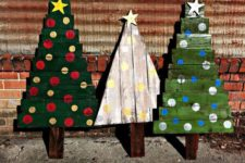 03 bold painted Christmas trees with vertical and horizontal boards