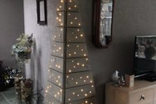 04 angle pallet Christmas tree with only lights