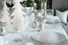 06 white table setting with faux fur, silver strs and Christmas flowers