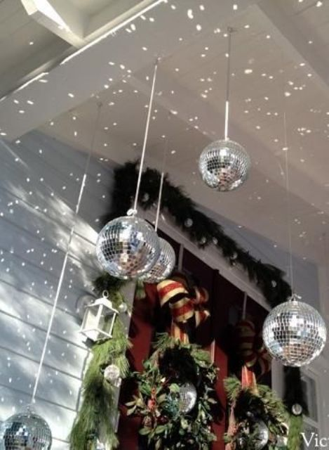 21 Sparkling Disco Ball D 233 Cor Ideas For Winter Parties