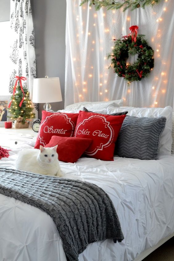 cozy knit blanket and pillows, red pillows make up a cool Christmas set