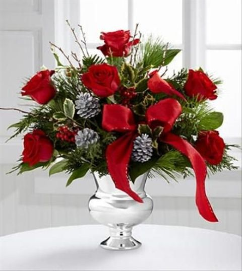 Chic christmas flower arrangements shelterness