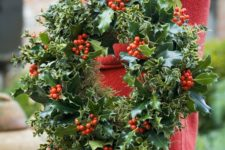 17 fresh holly leaves and berries and ivy wreath for holidays