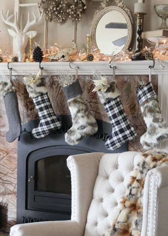 25 Ultimate Christmas Mantel D 233 Cor Ideas Shelterness