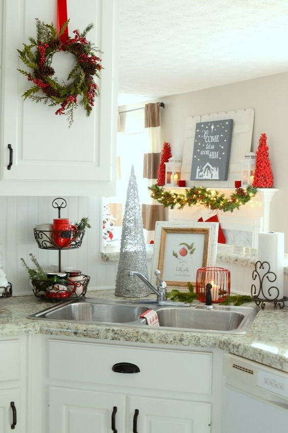 christmas decoration ideas for kitchen 26 cozy kitchen d 233 cor ideas shelterness 23307